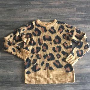 Leopard sweater - slightly oversized, super soft